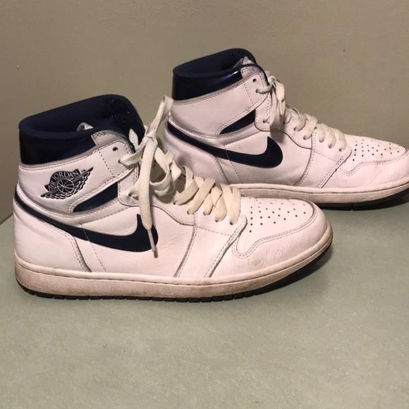 Vintage Air Jordan 1 shoes